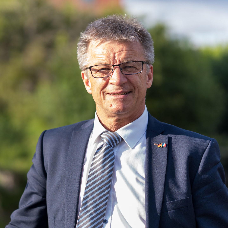 Dirk Pomplun